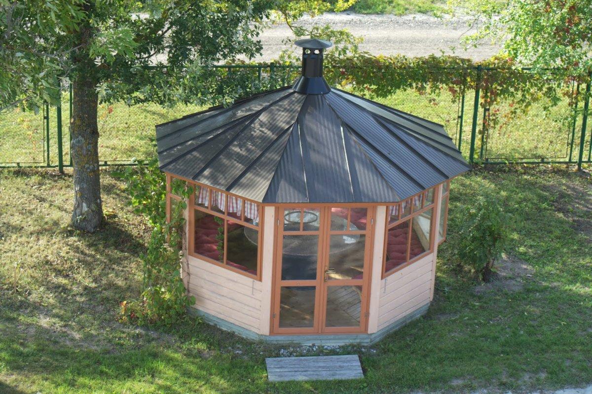 Octagonal Bbq Hut Paradise Hansa Group